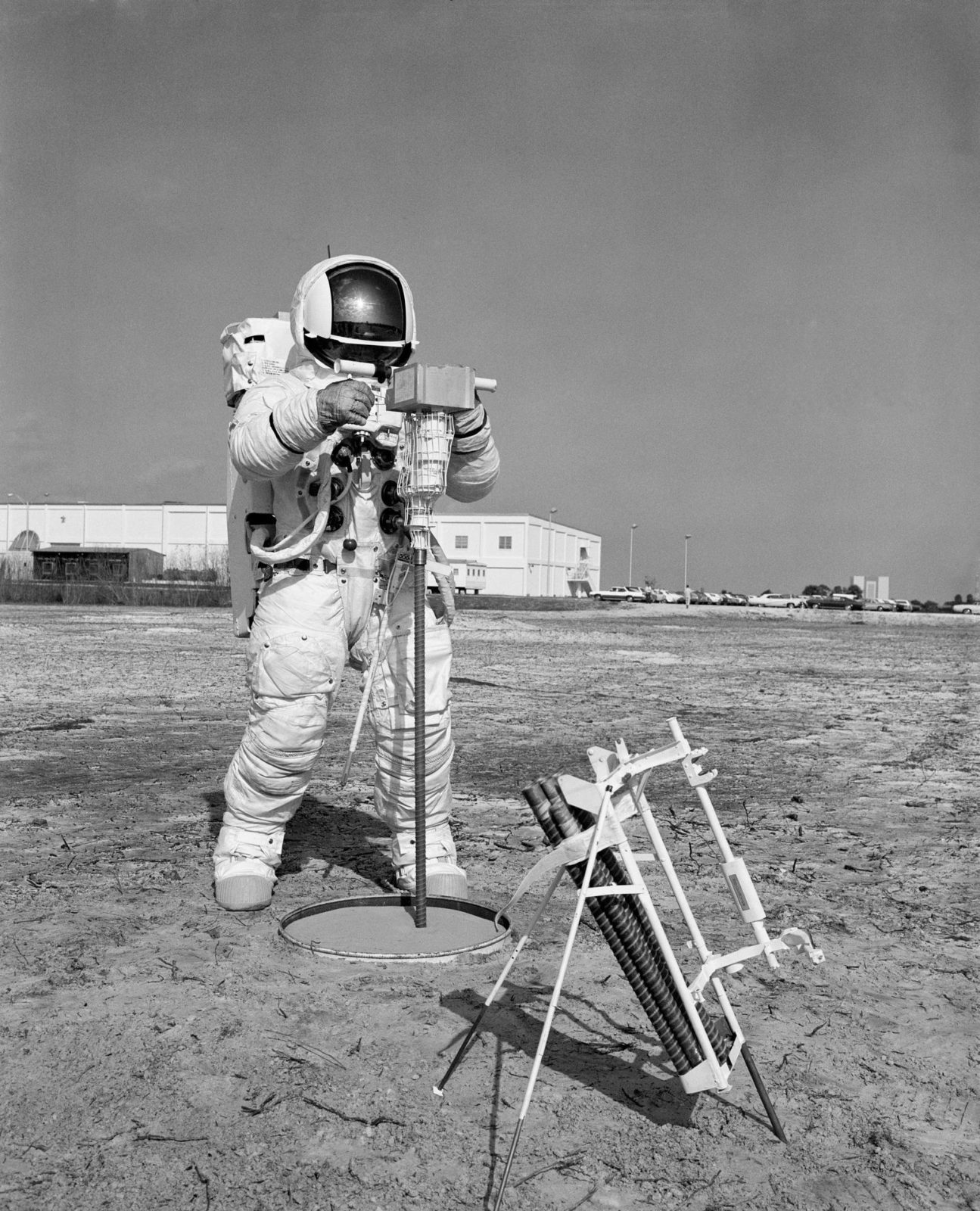 astronauts apollo 13 - HD829×1024