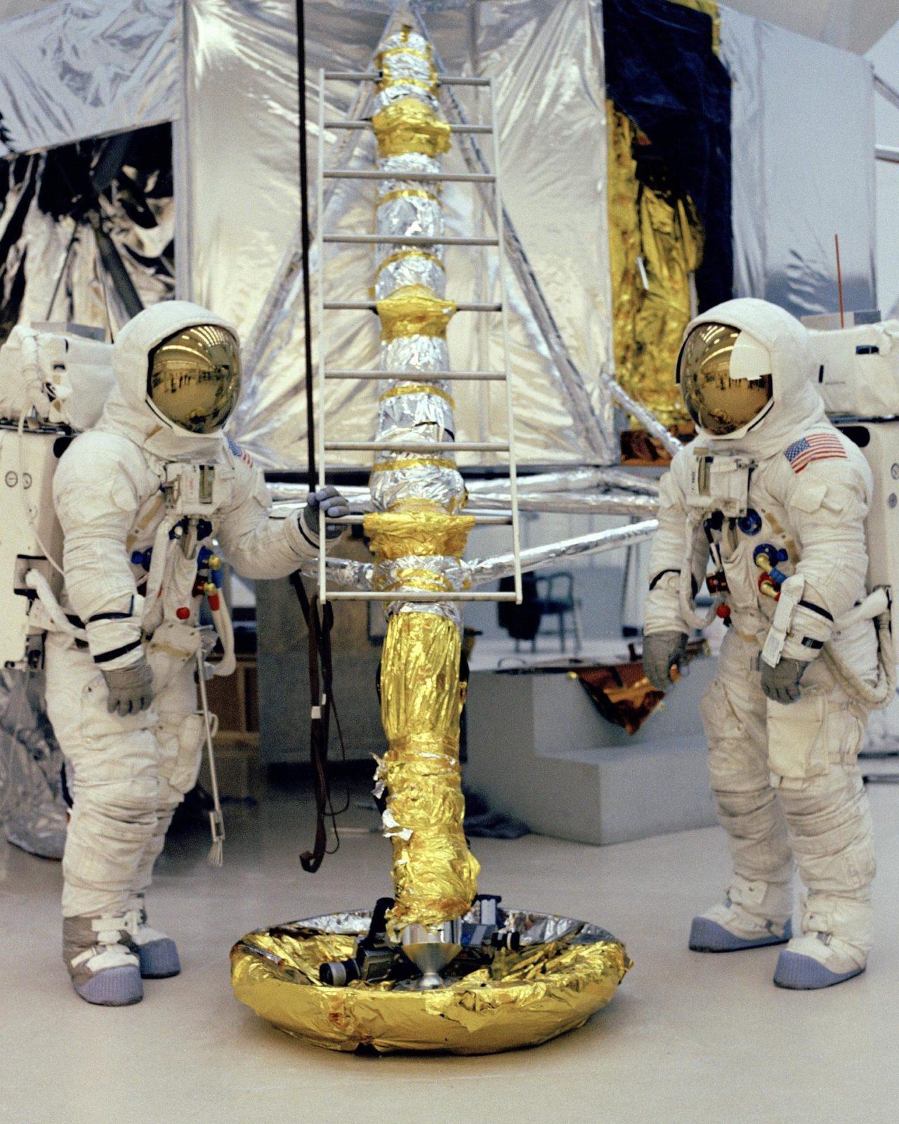 astronauts apollo 13 - 736×920