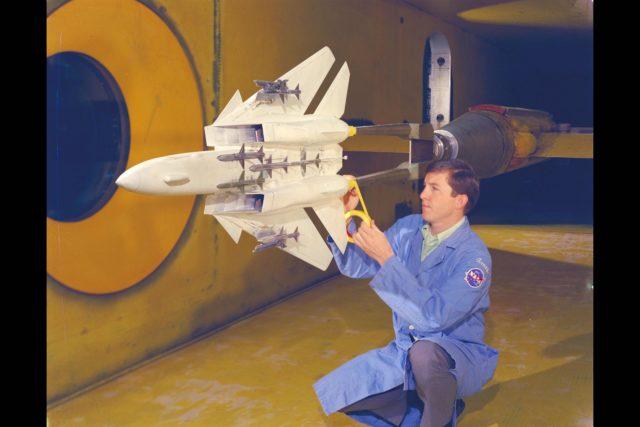 Grumman F-14A model: 9x7ft w.t. Test-97-446 ARC-1970-AC70-1342