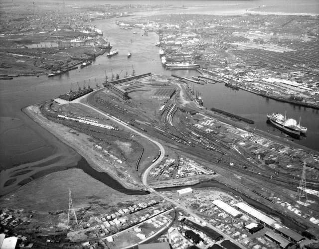 Iron Ore Quay, Tyne Dock, 1962