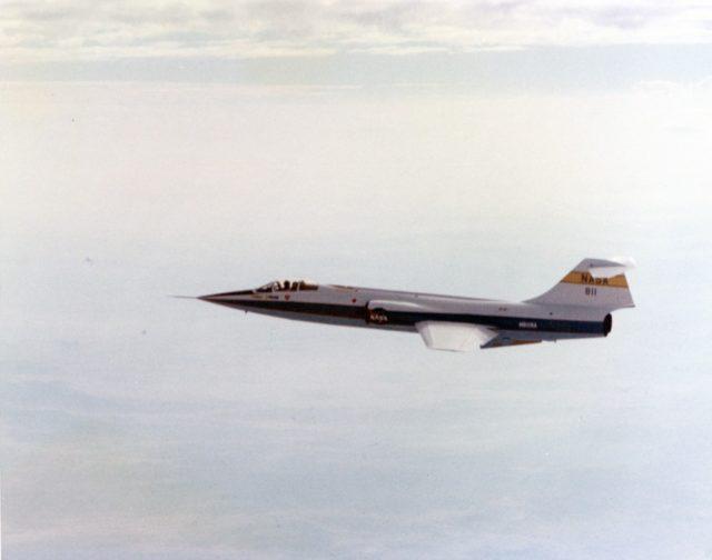 Lockheed F-104N NASA 811 [NASA ECN 2521 via RJF]