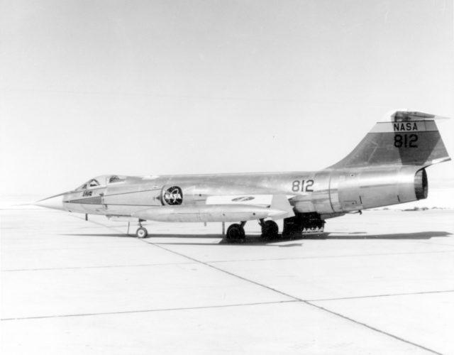 Lockheed F-104N NASA 812 Edwards AFB 1965 [USAF 178289 via RJF]