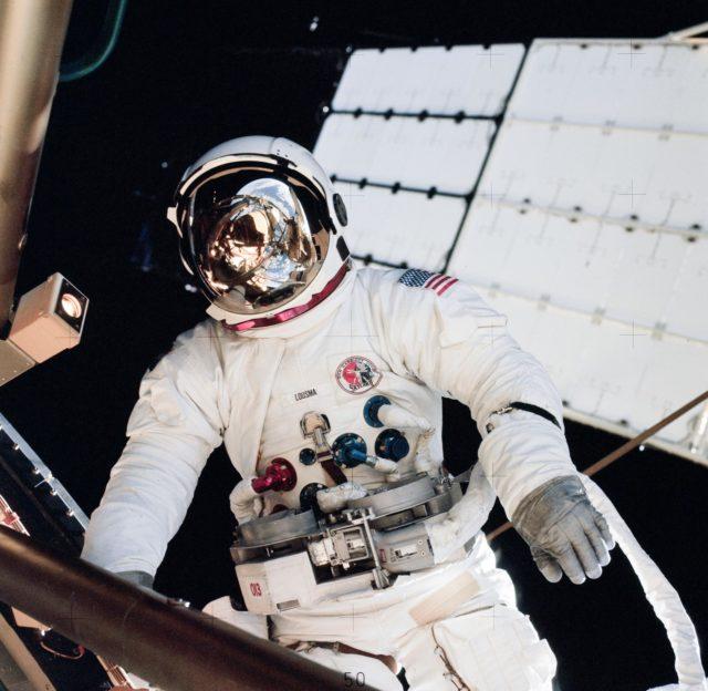 Astronaut Jack Lousma participates in EVA to deploy twin pole solar shield