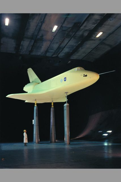 Space Shuttle SSV orbiter model OA100 (0.36 scale): 40x80ft w.t. ARC-1975-AC75-1190