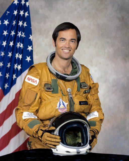 OFFICIAL PORTRAIT - CRIPPEN, ROBERT L., ASTRONAUT - STS-1
