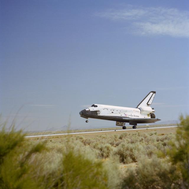 STS-4 Landing