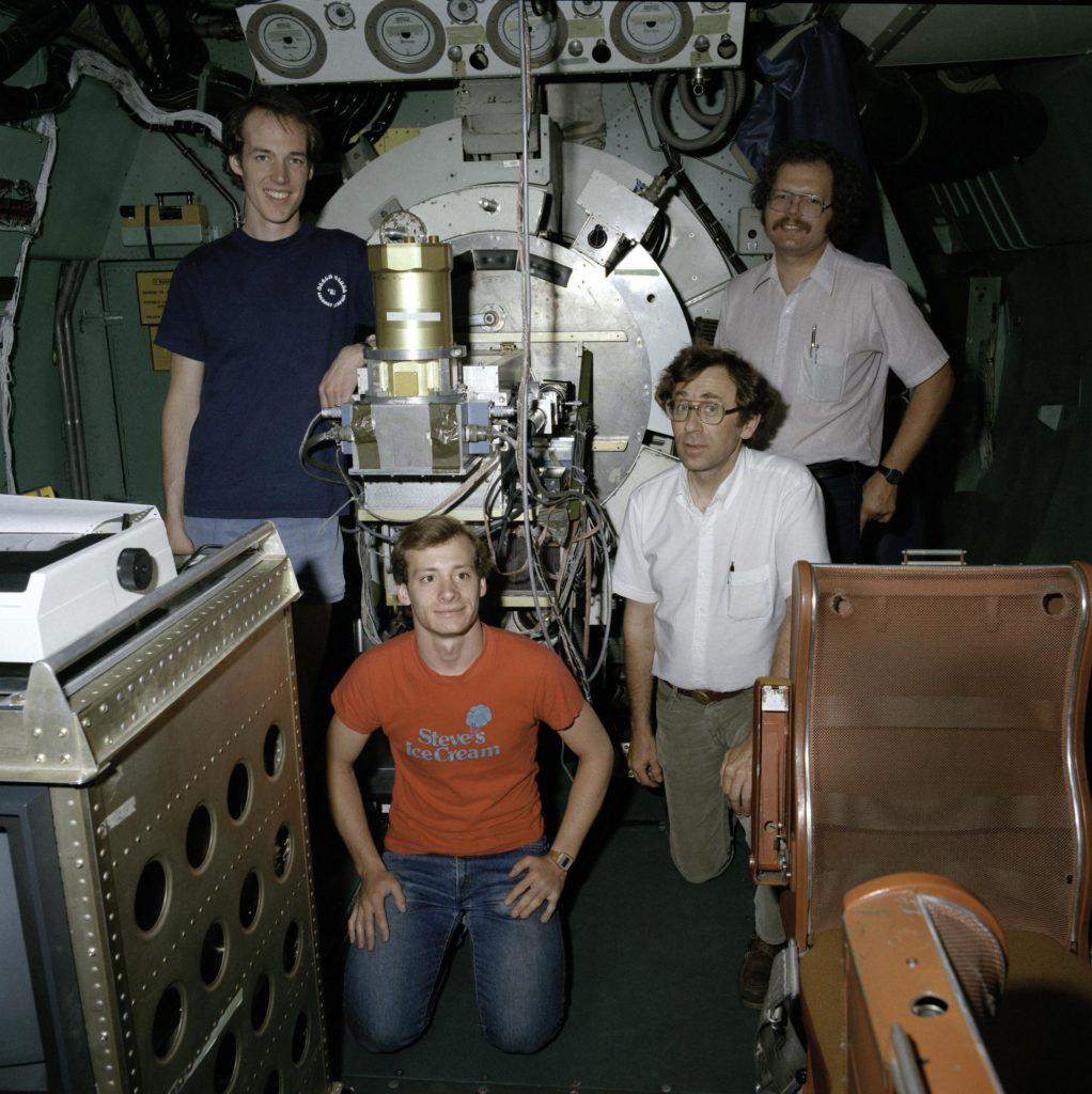 KITE cavity aerodynamics & MIT 2 channel C.C.D. experimenters onboard the C-141 KAO (Massachusetts Insitiute of Technology) ARC-2010-AC84-0501-19-Edit