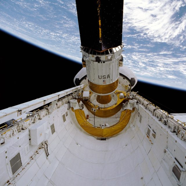 STS-29 IUS / TDRS-D deployment from Discovery, OV-103, payload bay