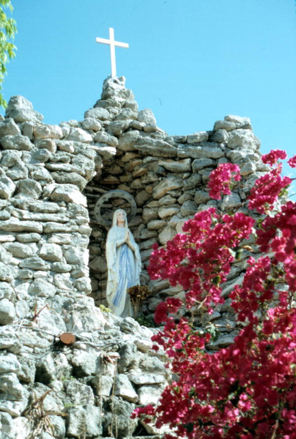 Grotto at St. Mary's Church: Key West, Florida