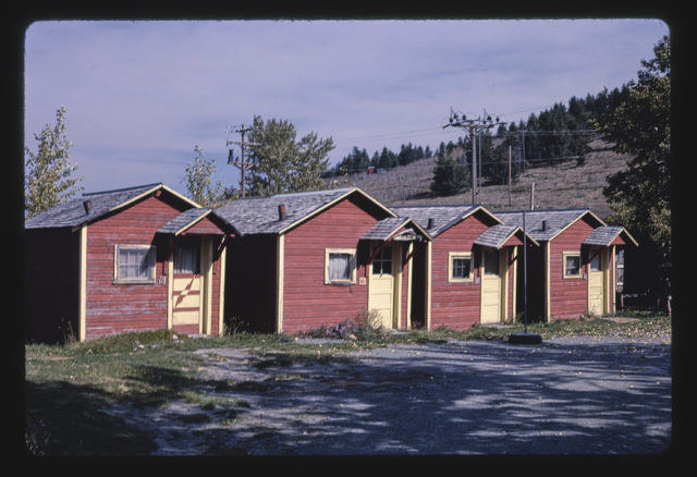 Cabins, units 9-12, Route 89, Saint Mary, Montana (LOC)