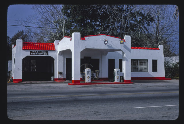Fina gas station, angle view, Route 17, Kingsland, Georgia (LOC)