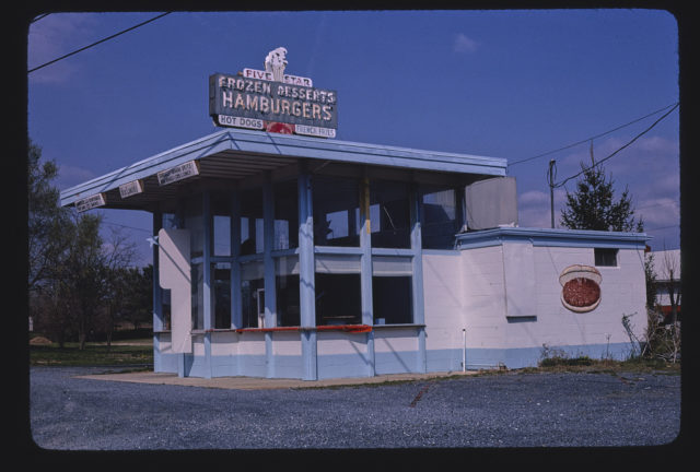 Five Star Snack Bar, Route 11, Mount Crawford, Virginia (LOC)