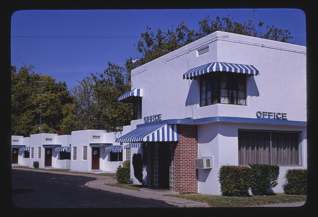 Fountain Motel, office and motel units, Hot Springs, Arkansas (LOC)