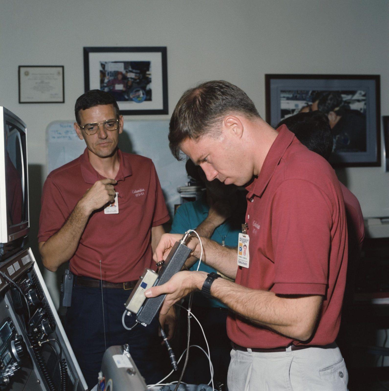 History of amateur radio — 8