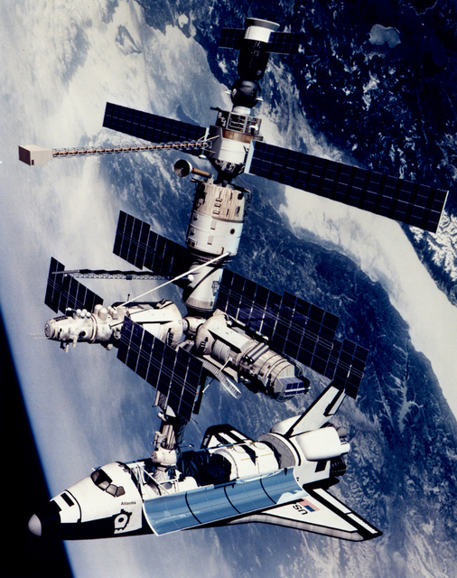 Technical Rendition of STS-71 Docked to Mir