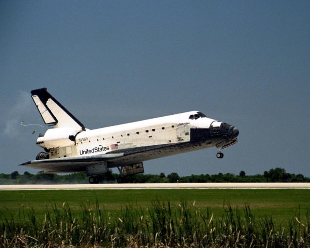 The orbiter Columbia touches down on Runway 33 of KSC's Shuttle Landing Facility to complete the nearly 16-day STS-90 mission. Main gear touchdown was at 12:08:59 p.m. EDT on May 3, 1998, landing on orbit 256 of the mission. The wheels stopped at 12:09:58 EDT, completing a total mission time of 15 days, 21 hours, 50 minutes and 58 seconds. The 90th Shuttle mission was Columbia's 13th landing at the space center and the 43rd KSC landing in the history of the Space Shuttle program. During the mission, the crew conducted research to contribute to a better understanding of the human nervous system. The crew of the STS-90 Neurolab mission include Commander Richard Searfoss; Pilot Scott Altman; Mission Specialists Richard Linnehan, D.V.M., Dafydd (Dave) Williams, M.D., with the Canadian Space Agency, and Kathryn (Kay) Hire; and Payload Specialists Jay Buckey, M.D., and James Pawelczyk, Ph.D KSC-98pc553