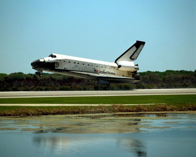 The orbiter Columbia approaches touchdown on Runway 33 of KSC's Shuttle Landing Facility to complete the nearly 16-day STS-90 mission. Main gear touchdown was at 12:08:59 p.m. EDT on May 3, 1998, landing on orbit 256 of the mission. The wheels stopped at 12:09:58 EDT, completing a total mission time of 15 days, 21 hours, 50 minutes and 58 seconds. The 90th Shuttle mission was Columbia's 13th landing at the space center and the 43rd KSC landing in the history of the Space Shuttle program. During the mission, the crew conducted research to contribute to a better understanding of the human nervous system. The crew of the STS-90 Neurolab mission include Commander Richard Searfoss; Pilot Scott Altman; Mission Specialists Richard Linnehan, D.V.M., Dafydd (Dave) Williams, M.D., with the Canadian Space Agency, and Kathryn (Kay) Hire; and Payload Specialists Jay Buckey, M.D., and James Pawelczyk, Ph.D KSC-98pc564