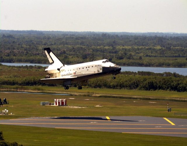 KENNEDY SPACE CENTER, FLA. -- The orbiter Columbia is about to touch down on Runway 33 of KSC's Shuttle Landing Facility to complete the nearly 16-day STS-90 mission. Main gear touchdown was at 12:08:59 p.m. EDT on May 3, 1998, landing on orbit 256 of the mission. The wheels stopped at 12:09:58 EDT, completing a total mission time of 15 days, 21 hours, 50 minutes and 58 seconds. The 90th Shuttle mission was Columbia's 13th landing at the space center and the 43rd KSC landing in the history of the Space Shuttle program. During the mission, the crew conducted research to contribute to a better understanding of the human nervous system. The crew of the STS-90 Neurolab mission include Commander Richard Searfoss; Pilot Scott Altman; Mission Specialists Richard Linnehan, D.V.M., Dafydd (Dave) Williams, M.D., with the Canadian Space Agency, and Kathryn (Kay) Hire; and Payload Specialists Jay Buckey, M.D., and James Pawelczyk, Ph.D KSC-pa90-03