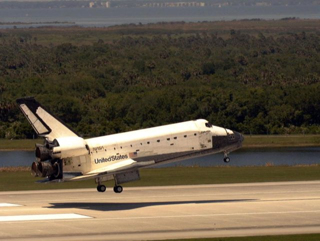 KENNEDY SPACE CENTER, FLA. -- The orbiter Columbia is about to touch down on Runway 33 of KSC's Shuttle Landing Facility to complete the nearly 16-day STS-90 mission. Main gear touchdown was at 12:08:59 p.m. EDT on May 3, 1998, landing on orbit 256 of the mission. The wheels stopped at 12:09:58 EDT, completing a total mission time of 15 days, 21 hours, 50 minutes and 58 seconds. The 90th Shuttle mission was Columbia's 13th landing at the space center and the 43rd KSC landing in the history of the Space Shuttle program. During the mission, the crew conducted research to contribute to a better understanding of the human nervous system. The crew of the STS-90 Neurolab mission include Commander Richard Searfoss; Pilot Scott Altman; Mission Specialists Richard Linnehan, D.V.M., Dafydd (Dave) Williams, M.D., with the Canadian Space Agency, and Kathryn (Kay) Hire; and Payload Specialists Jay Buckey, M.D., and James Pawelczyk, Ph.D KSC-pa90-05