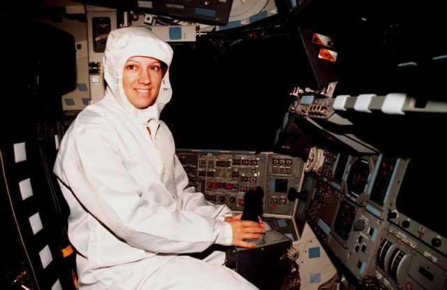 In the Orbiter Processing Facility Bay 3, during the Crew Equipment Interface Test (CEIT) for mission STS-93, Mission Commander Eileen M. Collins checks out her seat in the orbiter Columbia. Collins is the first woman to serve as a mission commander on a shuttle flight. The CEIT provides an opportunity for crew members to check equipment and facilities that will be aboard the orbiter during their mission. The STS-93 mission will deploy the Advanced X-ray Astrophysics Facility (AXAF), which comprises three major elements: the spacecraft, the telescope, and the science instrument module (SIM). AXAF will allow scientists from around the world to obtain unprecedented X-ray images of a variety of high-energy objects to help understand the structure and evolution of the universe. The other STS-93 crew members are Pilot Jeffrey S. Ashby, Mission Specialist Catherine G. Coleman, Mission Specialist Steven A. Hawley and Mission Specialist Michel Tognini of France. Targeted date for the launch of STS-93 is March 18, 1999 KSC-98pc1689