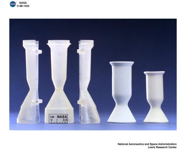 CAST CERAMIC THRUSTERS GRC-1998-C-01523