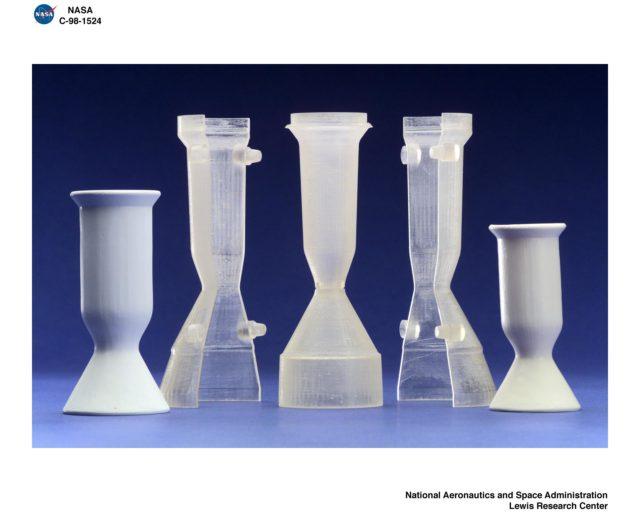 CAST CERAMIC THRUSTERS GRC-1998-C-01524