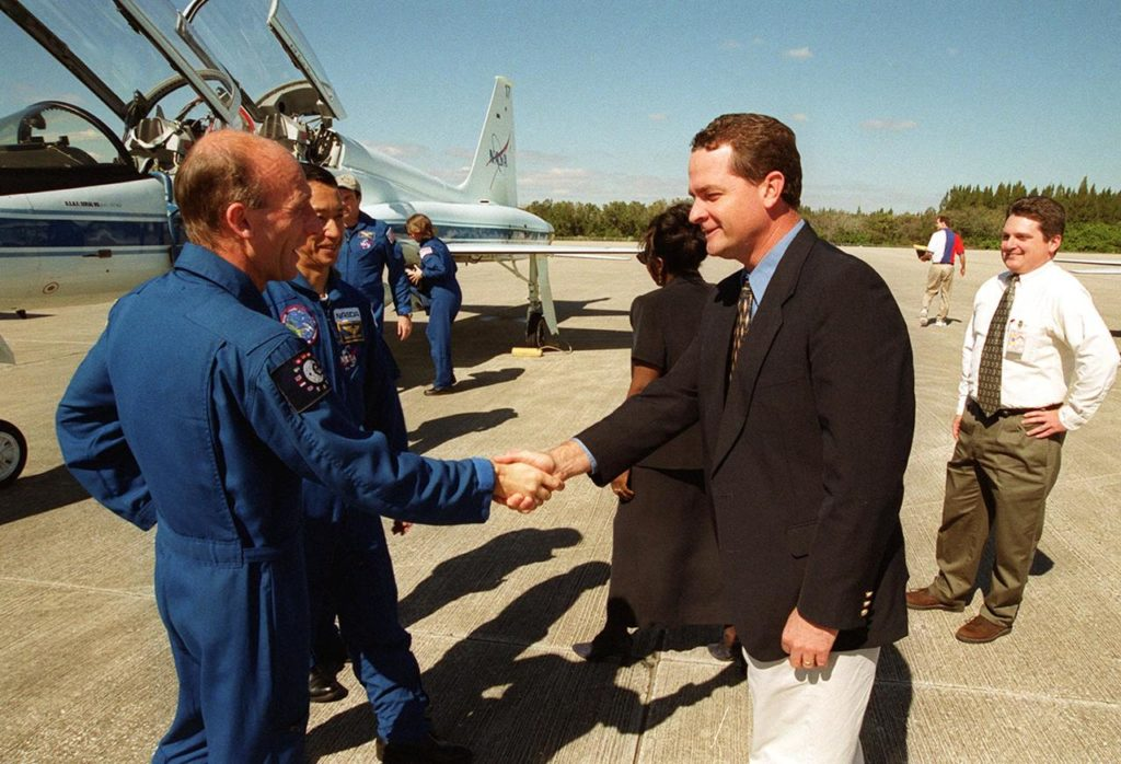 After landing at the Shuttle Landing Facility aboard T-38 jet aircraft, STS-99 Mission Specialists (from left) Gerhard Thiele of Germany and Mamoru Mohri of Japan are greeted by Dave King, director of Shuttle Operations. Behind Mohri can be seen Commander Kevin Kregel and Mission Specialist Janice Voss. The crew, which includes Pilot Dom gorie and Mission Specialist Janet Kavandi, are ready to prepare for the second launch attempt of Endeavour Feb. 11 at 12:30 p.m. EST from Launch Pad 39A. The earlier launch scheduled for Jan. 31 was scrubbed due to poor weather and a faulty Enhanced Master Events Controller in the orbiter's aft compartment. Over the next few days, the crew will review mission procedures, conduct test flights in the Shuttle Training Aircraft and undergo routine preflight medical exams. STS-99 is the Shuttle Radar Topography Mission, which will produce unrivaled 3-D images of the Earth's surface. The result of the Shuttle Radar Topography Mission could be close to 1 trillion measurements of the Earth's topography. Landing is expected at KSC on Feb. 22 at 4:36 p.m. EST KSC00pp0171