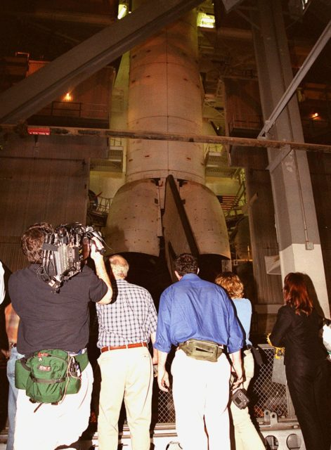The crew of the television series This Old House film the Space Shuttle Atlantis in the Vehicle Assembly Building. The cast and crew of This Old House, including host Steve Thomas and master carpenter Norm Abram, are filming at KSC for an episode of the show KSC00pp1953