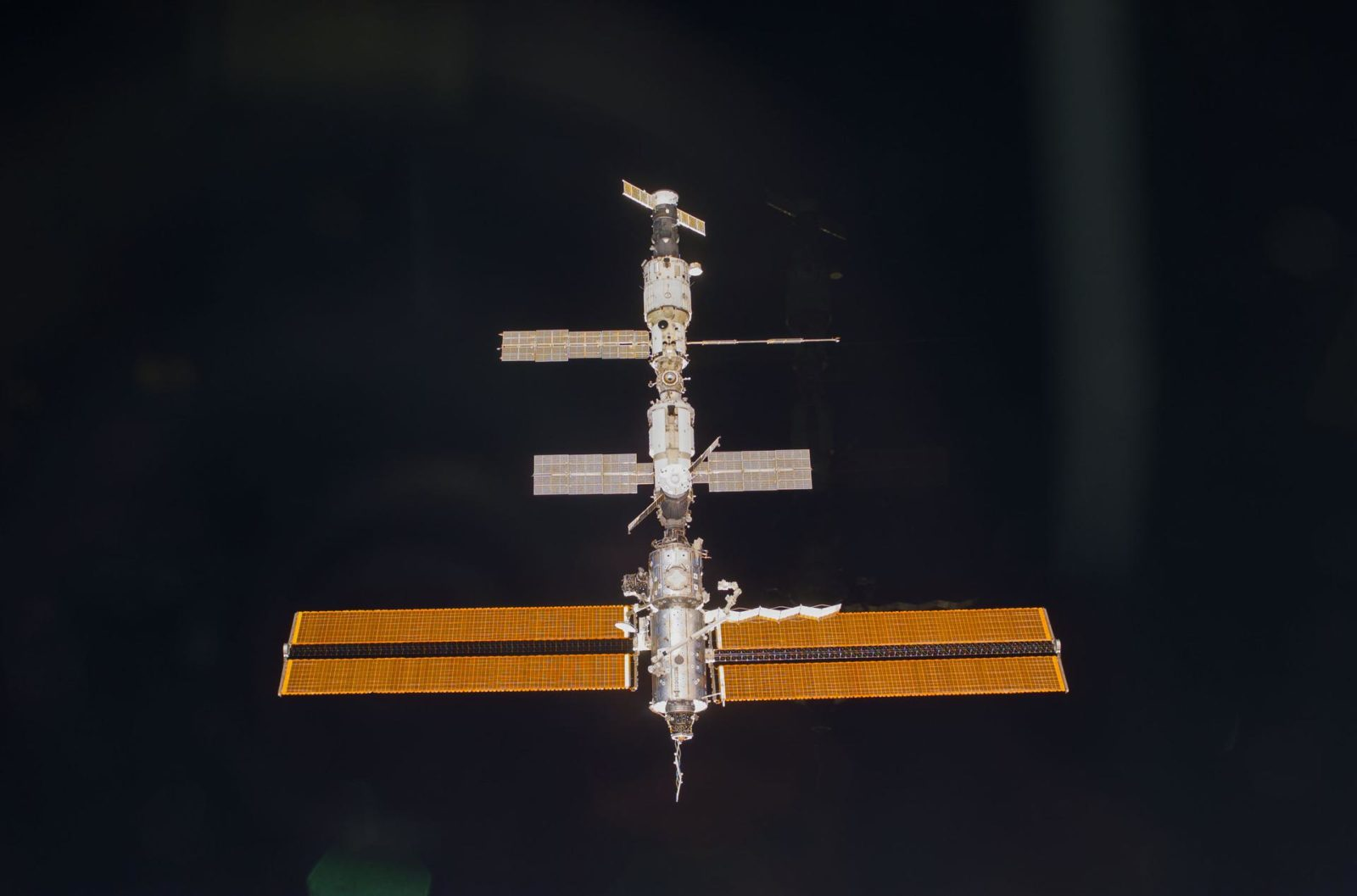 Approach view of the ISS