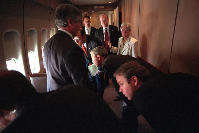 911: President George W. Bush aboard Air Force One, 09/11/2001.