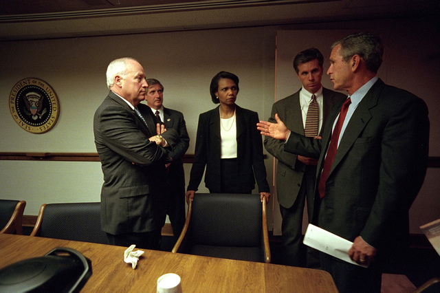 911: President George W. Bush in President's Emergency Operations Center (PEOC), 09/11/2001.