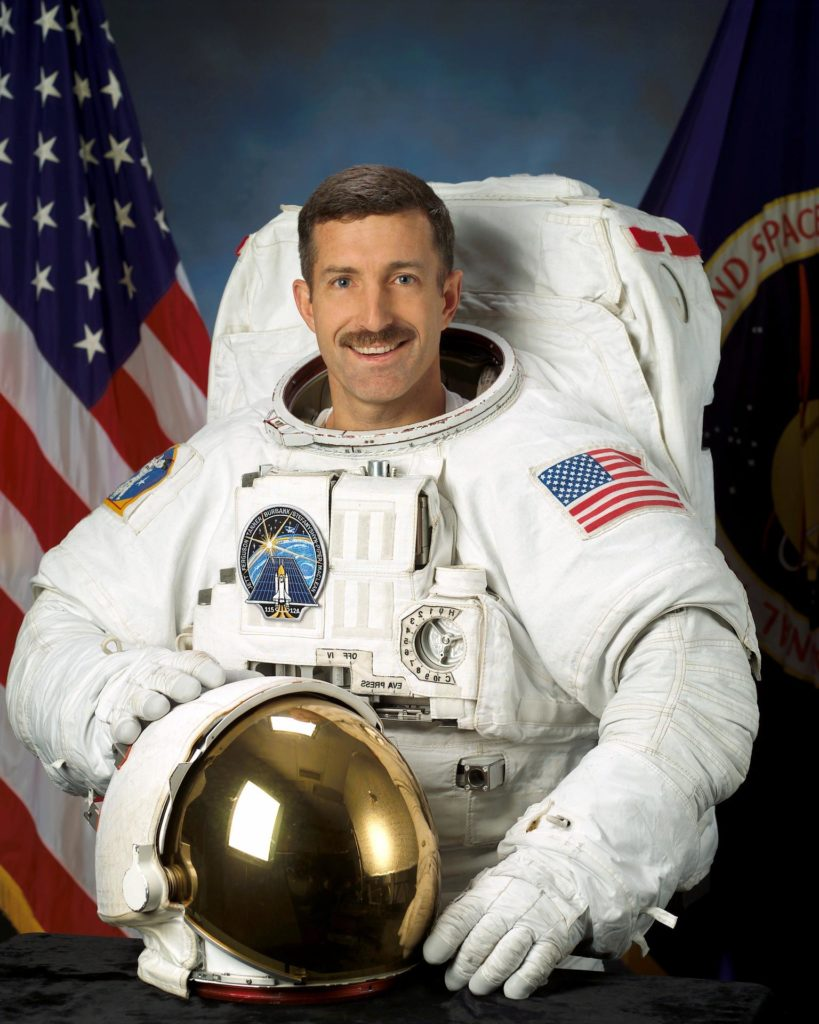 Official photo of Astronaut Dan Burbank.