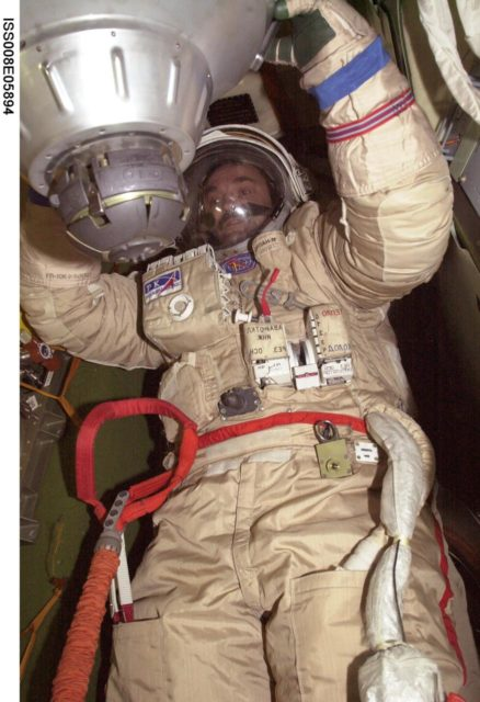 Kaleri during Orlan suit-up dry run in the Soyuz TM-3 during Expedition 8