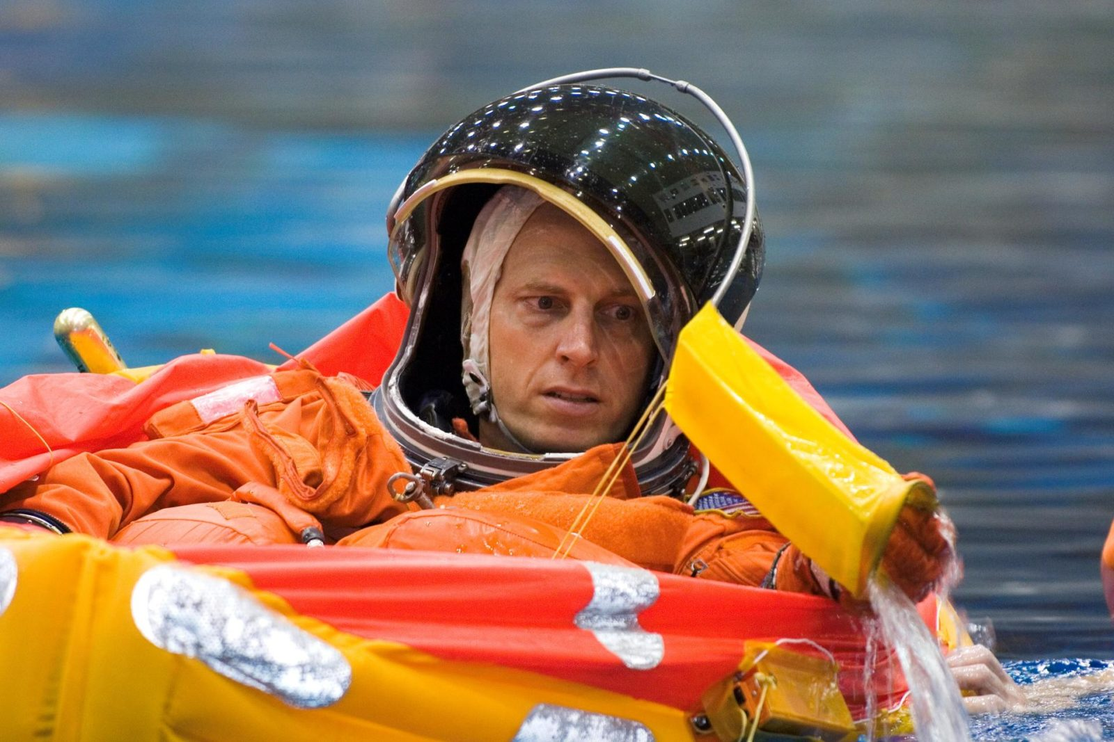 Expedition 14 Clay Anderson during water survival training