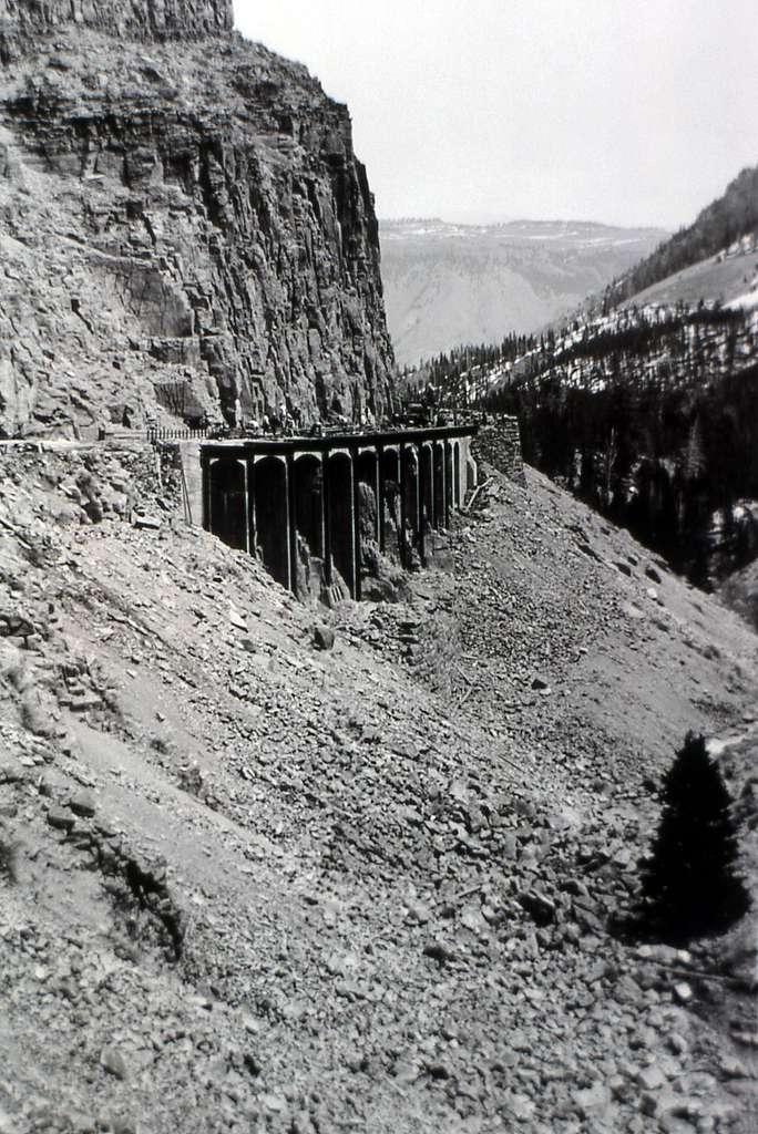 Widening of Golden Gate bridge in Yellowstone National Park