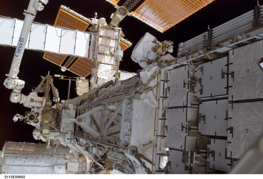 Tanner performs first EVA during STS-115 / Expedition 13 joint operations