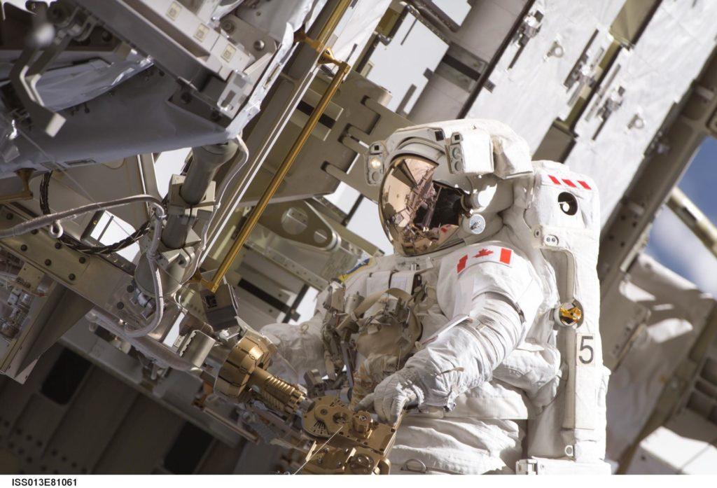 MacLean relocates APFR during EVA 2