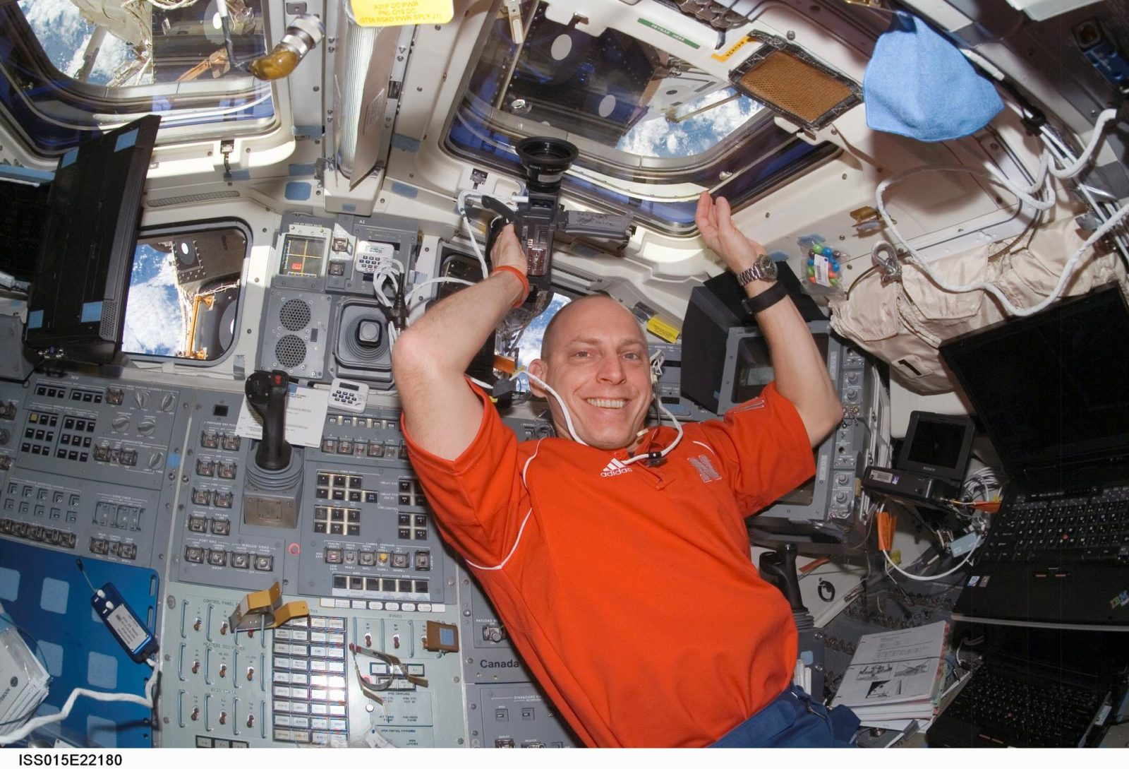 Anderson floats in the aft FD on Space Shuttle Endeavor during Joint Operations