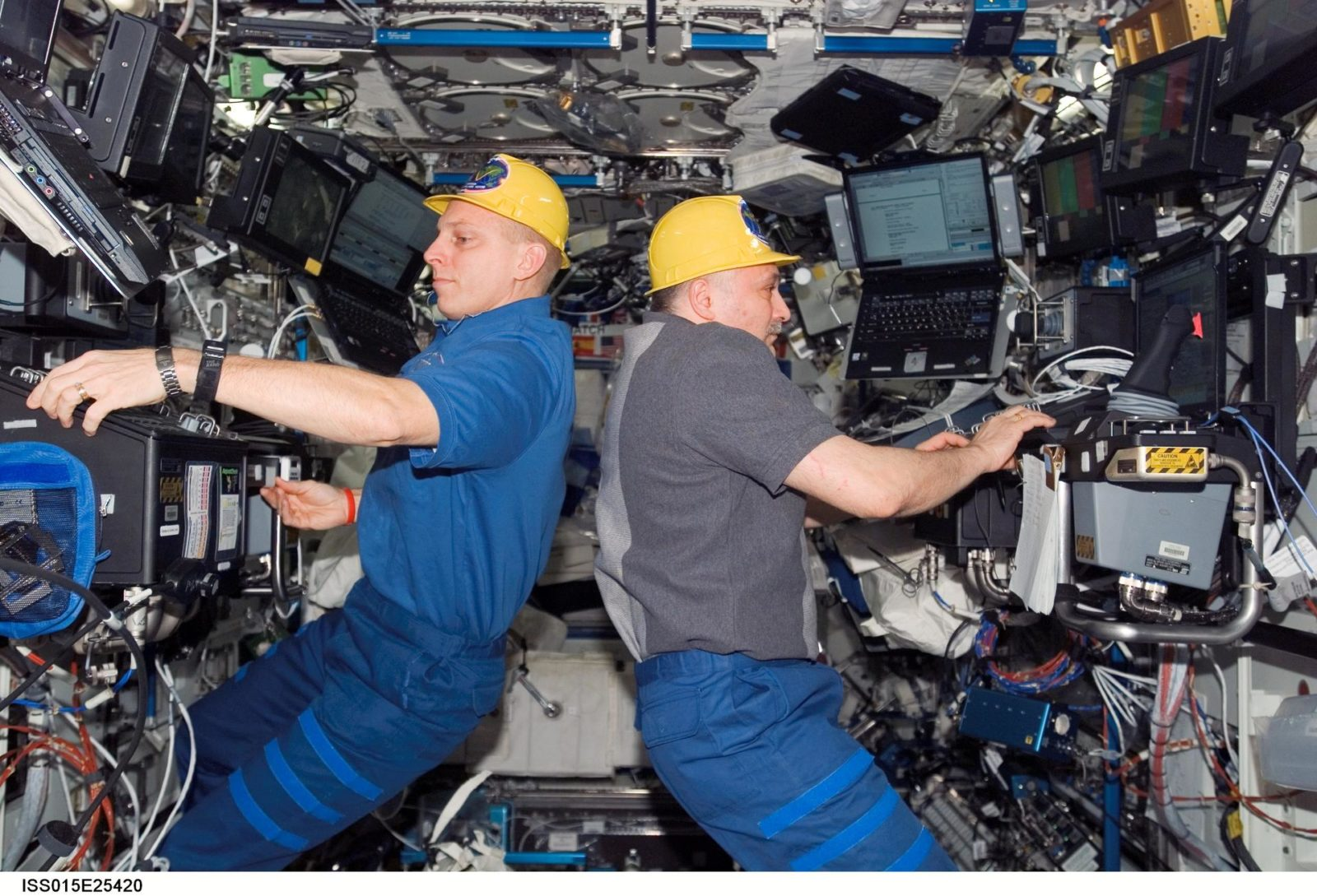 View of Anderson and Yurchikhin working in the US Lab during Expedition 15