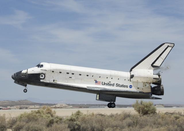 STS-117 Landing