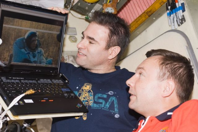 ISS Expedition 18 Lonchakov and Chamitoff in the Service Module (SM)