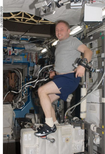 ISS Expedition 18 Fincke on Cycle Egrometer with Vibration Isolation System (CEVIS)