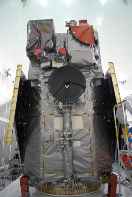 CAPE CANAVERAL, Fla. – At Astrotech Space Operations in Titusville, Fla., NASA's Solar Dynamics Observatory, or SDO, is revealed after removal of the protective cover used for shipping.  SDO is the first space weather research network mission in NASA's Living With a Star Program.  The spacecraft's long-term measurements will give solar scientists in-depth information about changes in the sun's magnetic field and insight into how they affect Earth.  In preparation for its anticipated November launch, engineers will perform a battery of comprehensive tests to ensure SDO can withstand the stresses and vibrations of the launch itself, as well as what it will encounter in the space environment after launch.    Photo credit: NASA/Jim Grossmann KSC-2009-4041