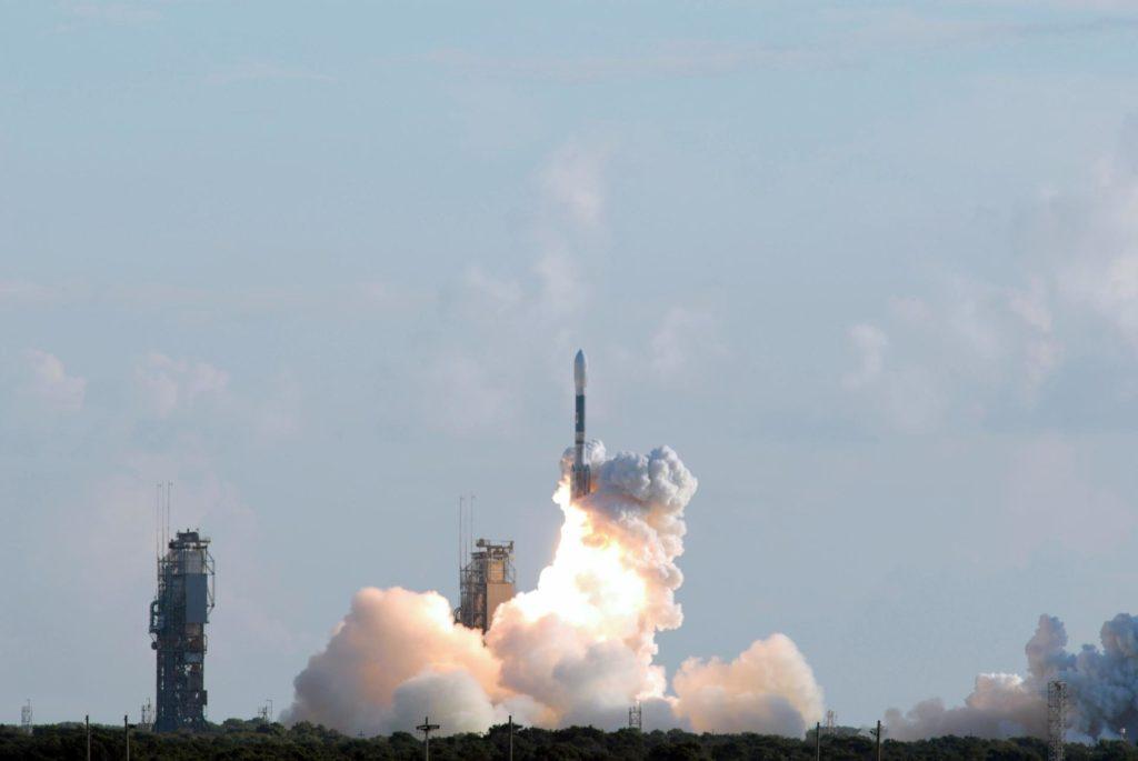 messenger spacecraft lift off - 1024×685