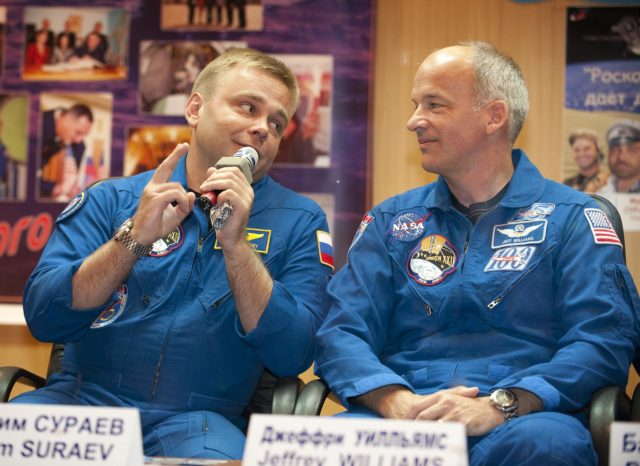 Expedition 21 Prelaunch Press Conference