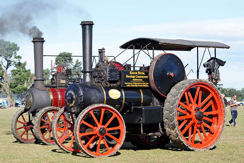 Twin steamers at the rally.