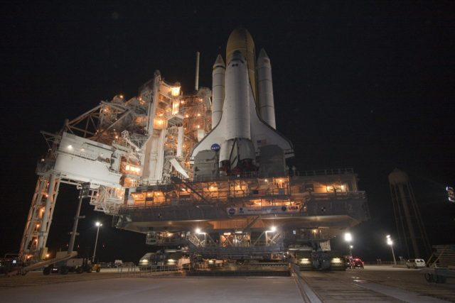 STS-132 ATLANTIS ROLLOUT FROM VAB TO PAD 39A 2010-2952