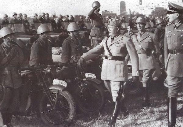 Visita Mussolini CSIR 2