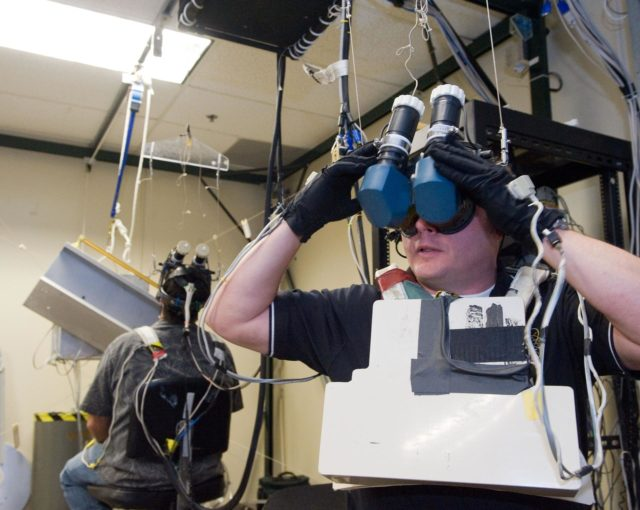 STS-134 crew in Virtual Reality Lab during their MSS/EVAA SUPT2 Team training