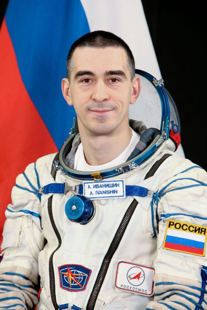 Expedition 27 prime and backup crew and individual portraits from Russia